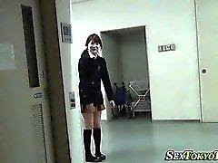 Asiático, adolescente, mostra, crotch