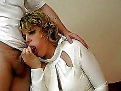 Sarışın Birleşik Krallık MILF seksi siyah çorap içinde sikikleri