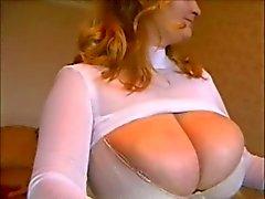 BBW - con tette enormi in sulla webcam