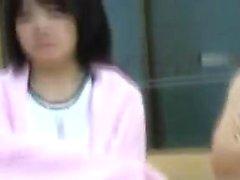 Horniest Asian studentessa massiccia sborrata in sesso di gruppo