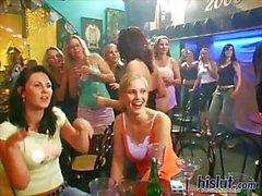 Die Mädchen hatten latina Partei