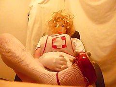 Crossdresser plasticface Krankenschwester