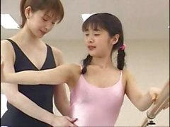 Japanese ballerina babe does some awesome lesbian love making