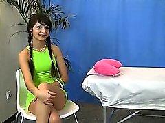 Hoad underkläder som massage tjej gnidas