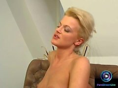 Lesbian lovers Judy Nero and Chiara uses their tongues on their clits