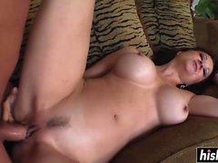 Hot babe makes a guy cum
