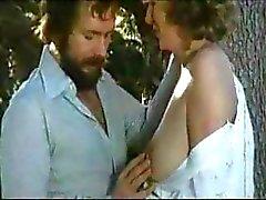 Vintage жесткое порно итальянском классический при соблазнительные птенцов попали в тиски