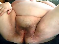 Hairy Granny squirting