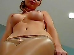 Overwhelming pussy stretching