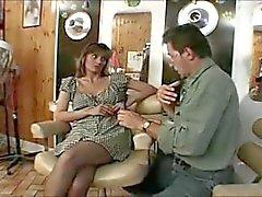 Inglesi slut di Melanie scopato nel una classico scena