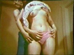 Peepshow Loops 205 70s and 80s - Scene 3