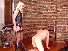 Chic Mistresses britannica Hurting più schiavi