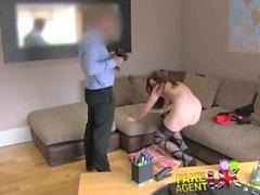 sessione couch rapporti sessuali FakeAgentUK Ufficio sexy stripper Amsterdam