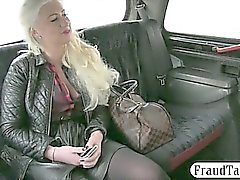 Huge boobs amateur blondie bitch fucked at the backseat