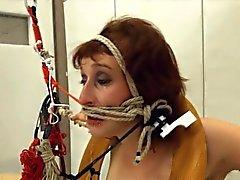 В большая часть веревке и очаровательная BDSM покорное секс