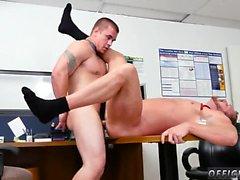 Гетеро мужчина-гей высасывает сам вне и живой чат при straig
