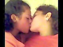 Deutschland Youtube Lesbian Kuss 20