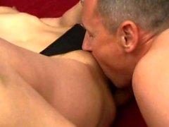 Lou rakastaa anaali miehensä