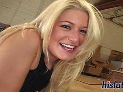 Hot interracial kolmikko toivottavaa blondi