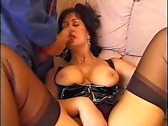 The Kinky Decorator (Sarah Beattie)