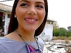 Валентина Nappi Cameltoe киска в Нагота в общественных местах