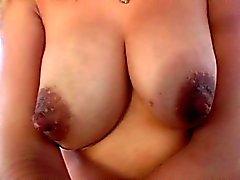 Riccia Blonde ottiene figa tentata in autobus di sesso