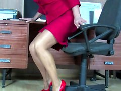 Big mature blonde gets horny in office