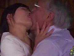 Midori Shino pleasuring hänet vanhaa appensa