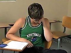 Heißen Homosexuell von Ashton Binse und Brice Carson in der Schule practicin