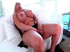 Stechpalme Bonbon bumst ihre dicken Arsch Transe