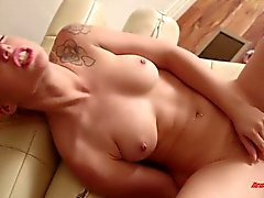 Honey Lucy Tyler Masturbating