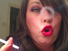 BBW Smoking di 120 Cigs Con Profumo & a cono comprimendo Direzioni della Feticismo