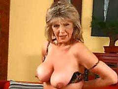 Mature slideshow older woman - 724adult com
