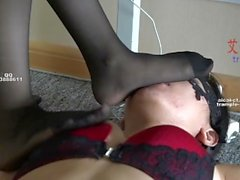 chinese foot worship-lesbian office foot worship