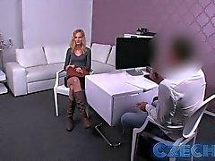 Tchèques - Blonde veuille rugueux en coulée