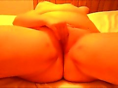 Chunky mama masturbates while daddy tapes her