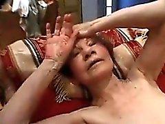 Muy vieja de la abuela Todavía gusta el sexo