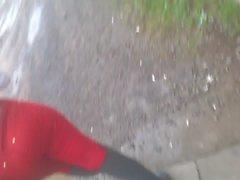 mulata gostosa rebolando jeans red 3