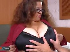 AgedLovE Latina Chubby Granny Ficken Youngster