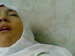 beautifull arab in hijab fuck