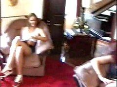 Sluts britanniche Michelle and Lucia ottengono scopato