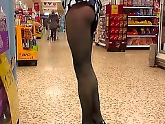 Black pantyhose courses