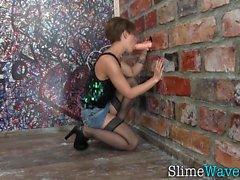 Kinky slut gets wam slime