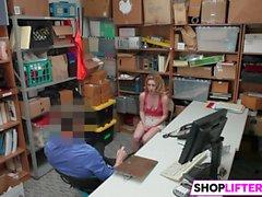 Shoplifter Bonnie cinza e Maya Bijou Get Slammed