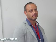 KEPÇE ASS - Hunky Boss Takım All About His Büro Ekibi öğretir