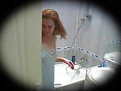 nuori punapää suihku spycam