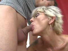 Desperate mature mothers fuck young sons