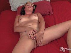 Slim Natalya Masturbating Her Cooter