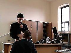 Получение небольшое количество офисных петух
