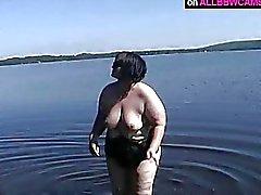 chubby BBW does it good near the lake